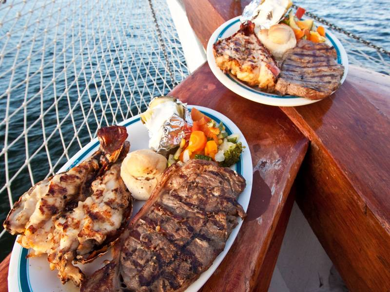 Columbus The Lobster Dinner Cruise - Surf N Turf in Cancun